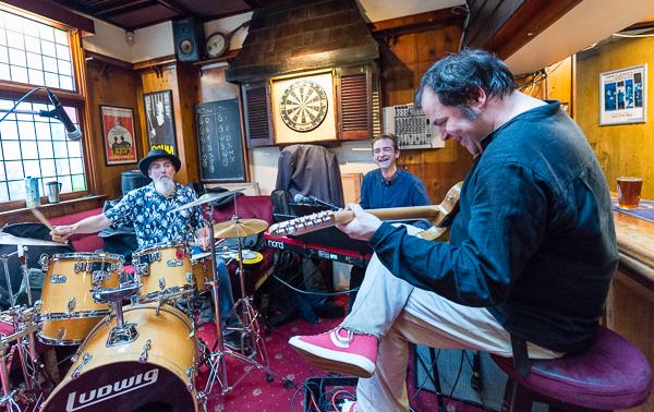 Hammond Organ Trio MOJO'd | Striking Places Music Performance Photography